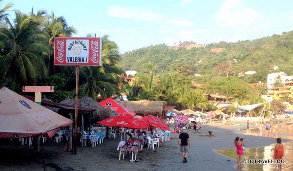 Valeria I on Playa La Madera in Zihuatanejo