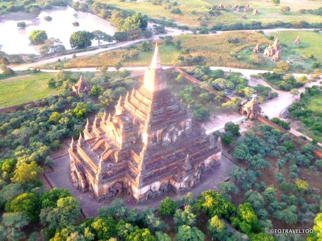 Sun glistening on Ananda Temple in Bagan