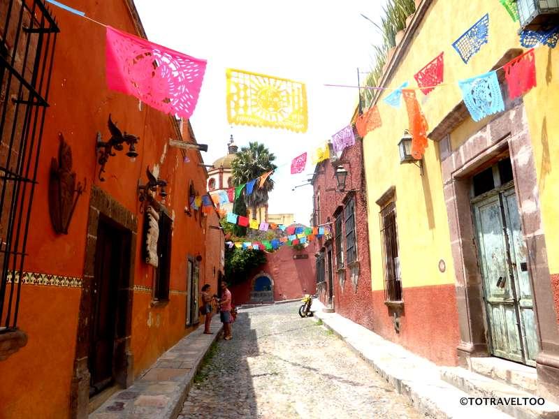 Sollano Street in San Miguel de Allende Mexico