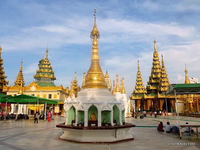 Buddha Image in Pagoda at Shwedagon Pagoda