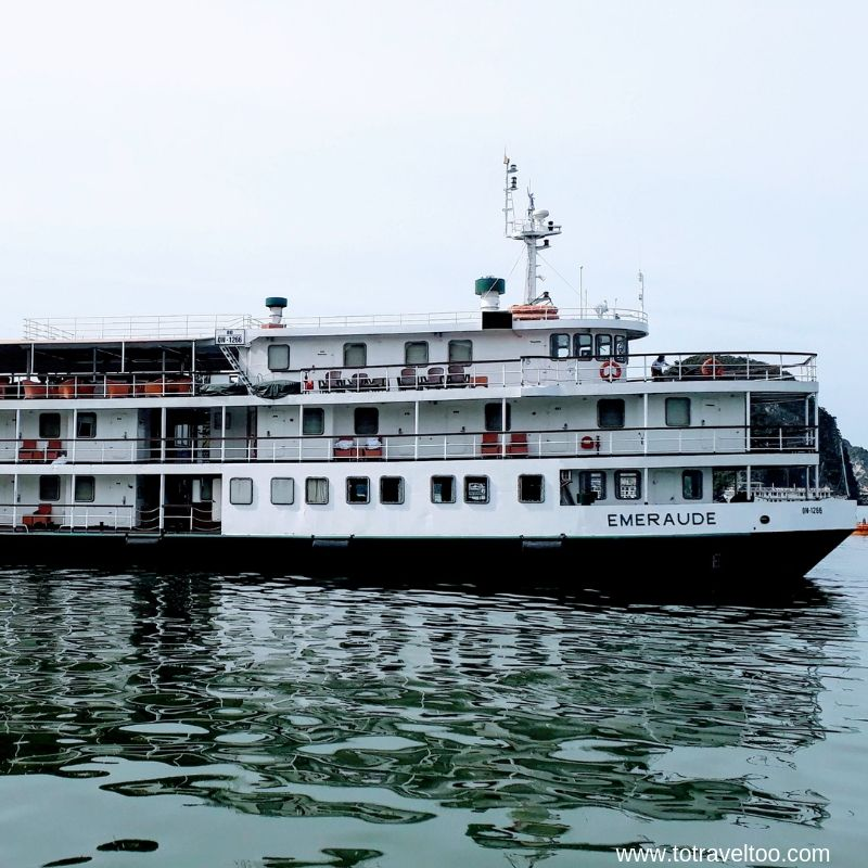 Classic paddle steamer Emeraude on 2 night cruise on Halong Bay