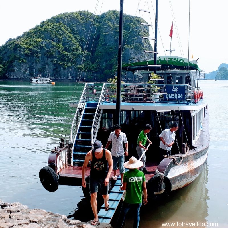 Arrival at Fairy Lake Cave 2 night cruise on Halong Bay