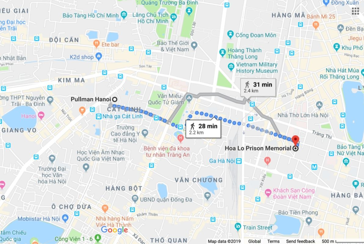 Map showing distance between Pullman Hanoi and Hoa Lo Prison
