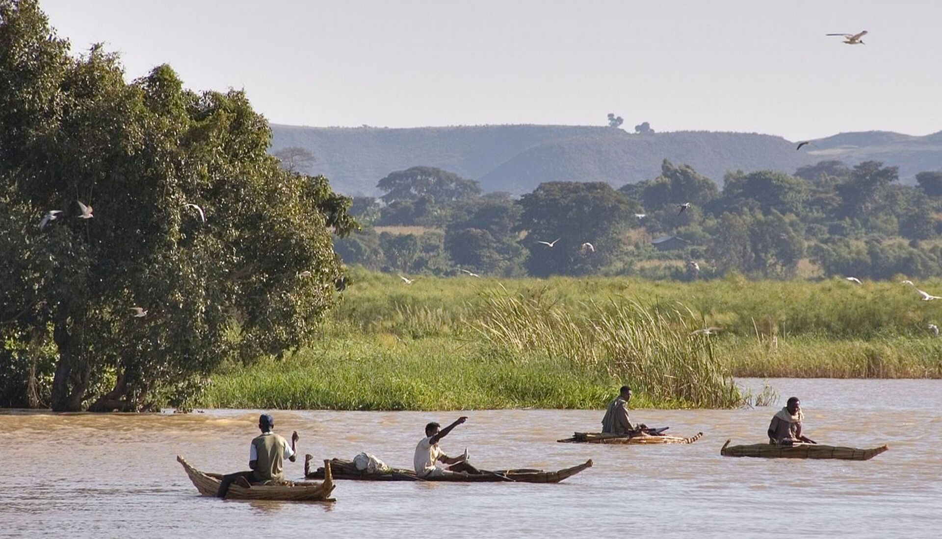 Fishermen on Lake Tanna