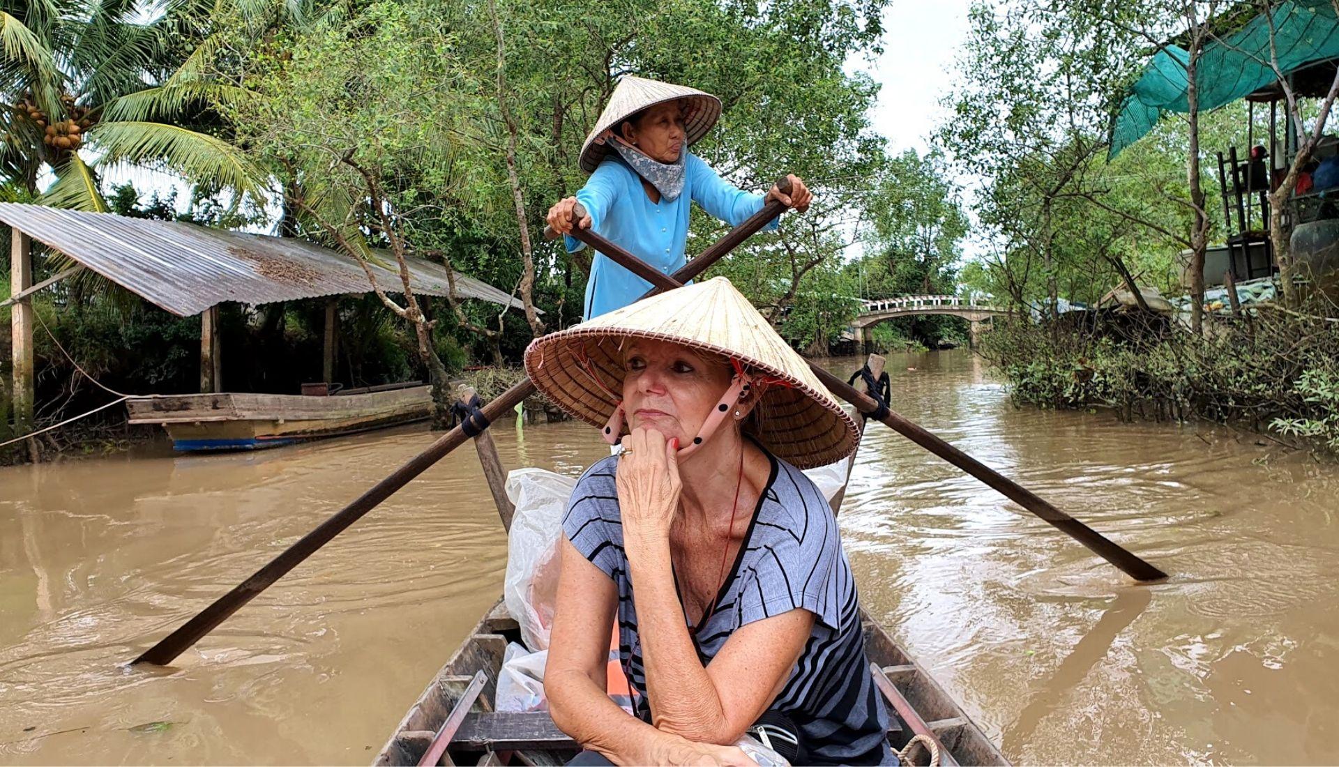 Row Boat to Tan Phong Islet