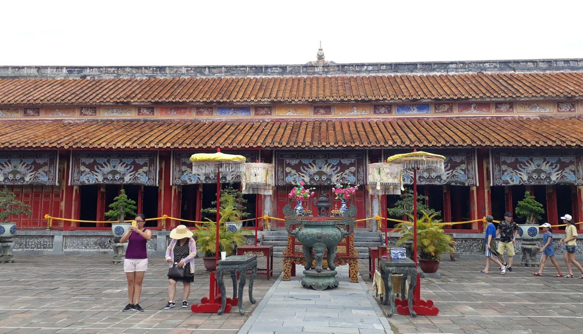 To Mieu Shrine