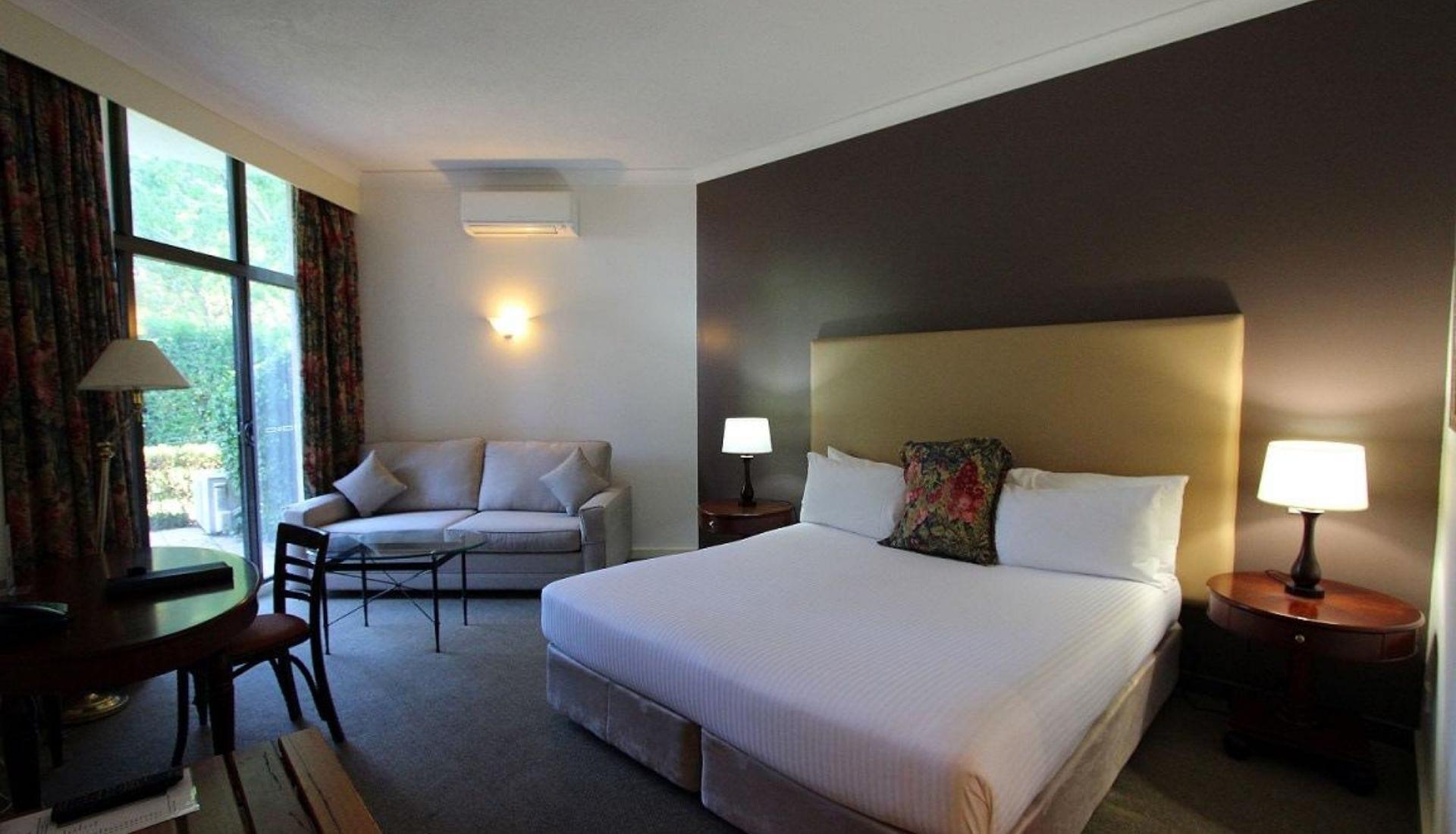 Mercure Resort Bedroom